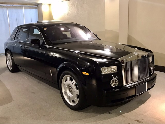 【ロールスロイス・ファントム】国内3台限定の特別仕様モデル【ファントムパール】のブラックが入庫しました。