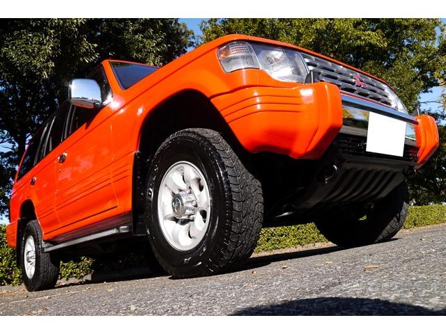 走行少おすすめのSUV2.8 ミッドルーフ XJ ディーゼルターボ 4WD