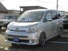 トヨタヴォクシー2.0 Z 4WD