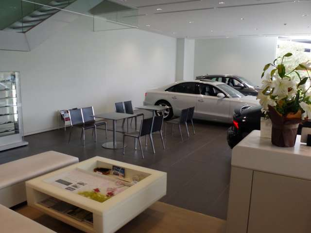 Audi Approved Automobile 幕張  お店紹介ダイジェスト 画像2