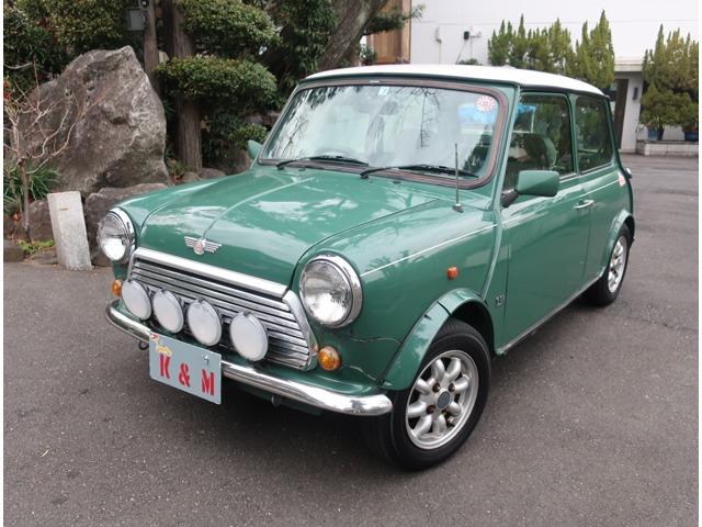 当店は東京都品川区で創業21年になる「輸入車」「旧車」のセレクトショップです。法定整備と保証付きですので、遠方のお客様も安心してご利用ください。