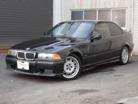 BMWM33.0