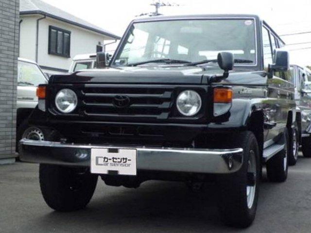 トヨタ ランドクルーザー70 (福岡県)