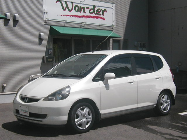 フィット1.3 W(ホンダ)の中古車