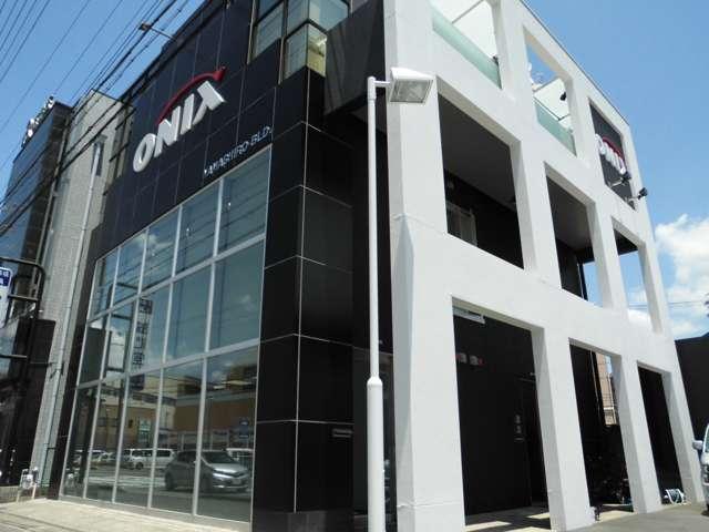 オニキス城陽店 トヨタ館 の店舗画像