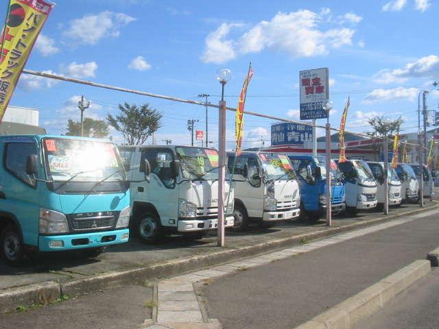 CAR CITY AKITA エスエム自動車商会 十文字店紹介画像