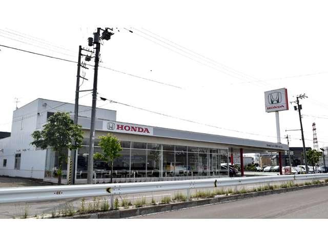 Honda Cars 北海道 手稲宮の沢店(認定中古車取扱店)の店舗画像