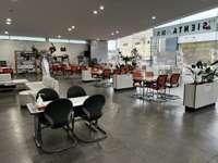 おかげ様でこの街で50年。トヨタカローラ福岡 糸島店です。