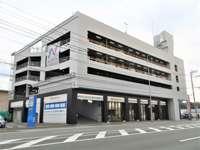 東証一部上場、正規輸入車ディーラー運営、グループ輸入車総在庫3,000台以上