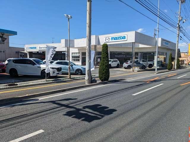 マツダオートザムフジ 松山店の店舗画像