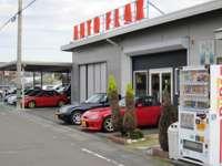 カプチーノを中心に各種新車・中古車販売しています お気軽にご来店ください!