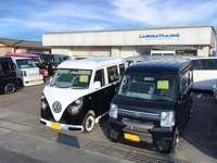 箱型の軽自動車専門店!常時20台以上在庫有ります!