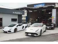 大阪府堺市にて、輸入車専門整備・修理をメインの業務としています。