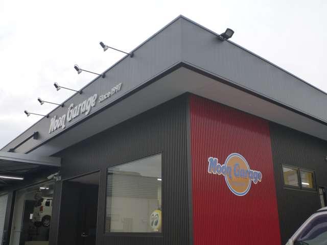 MOONGARAGE の店舗画像