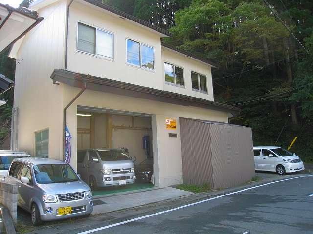 坪内自動車 の店舗画像