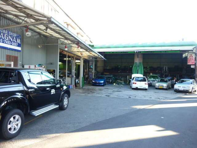 CAR SHOP MAGNAM  整備 画像2